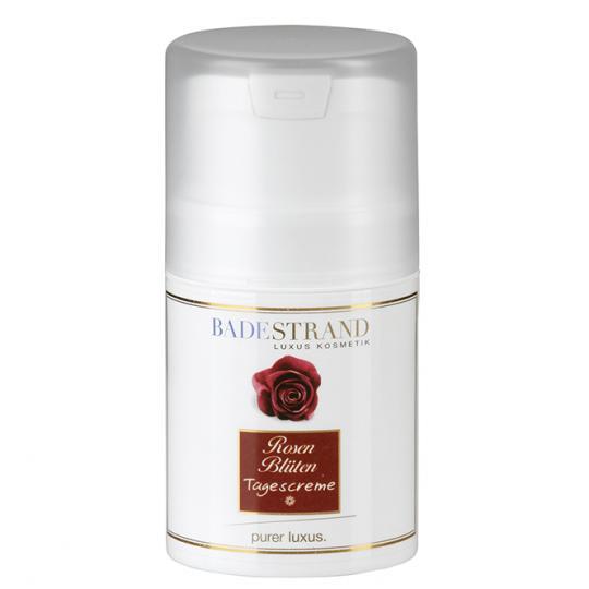 Rosenblüten Tagescreme von Badestrand wirkt angenehm hautberuhigend und ergibt ein schönes Hautbild