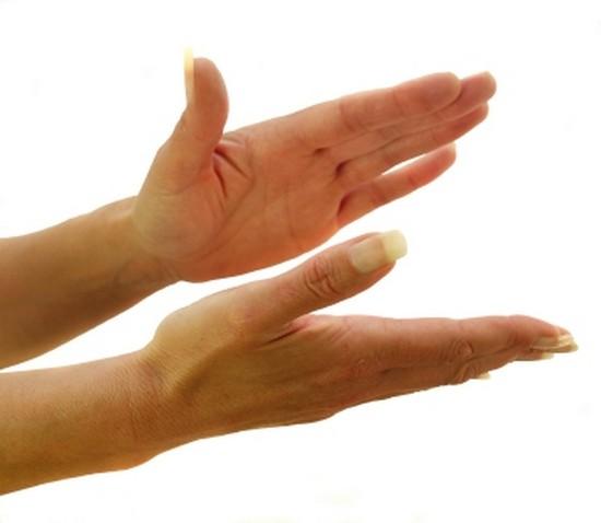schwitzen an den Händen